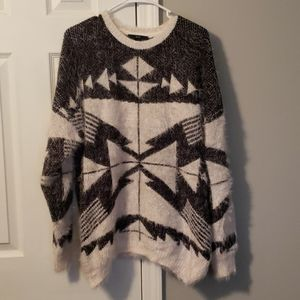 XXI Forever 21 Aztec tunic sweater size M